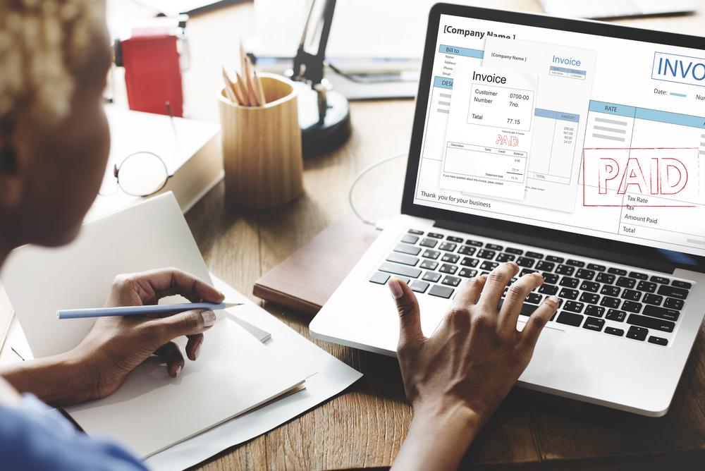 למה כדאי לפרילנסרים לנהל חשבונות אונליין?